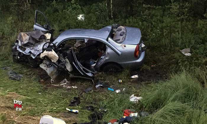 На трассе «Кола» в тройном ДТП погибли два водителя